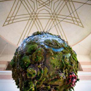 Zelina world Glitch rastlinná inštalácia
